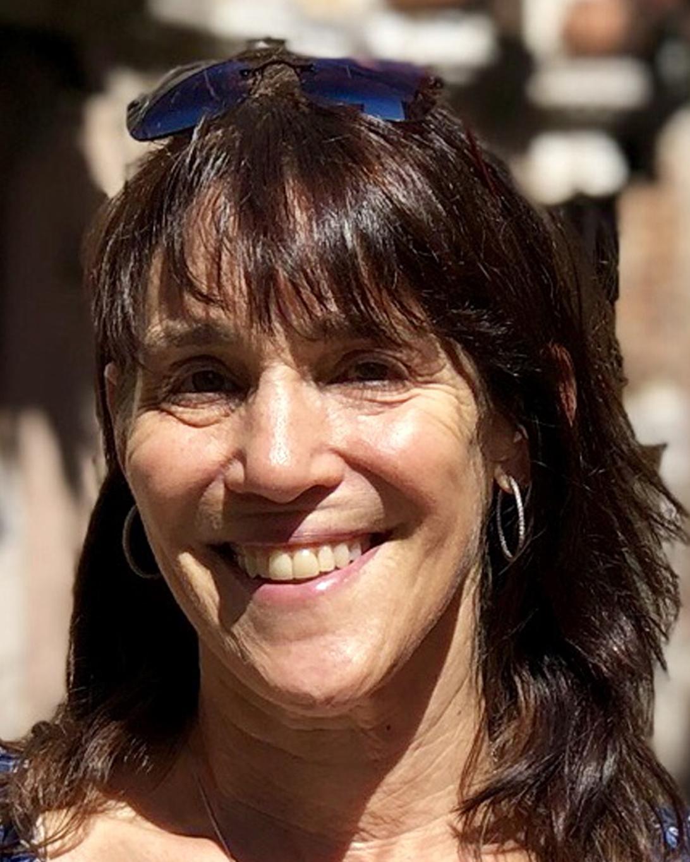 Ellen Brout Lindsey '81