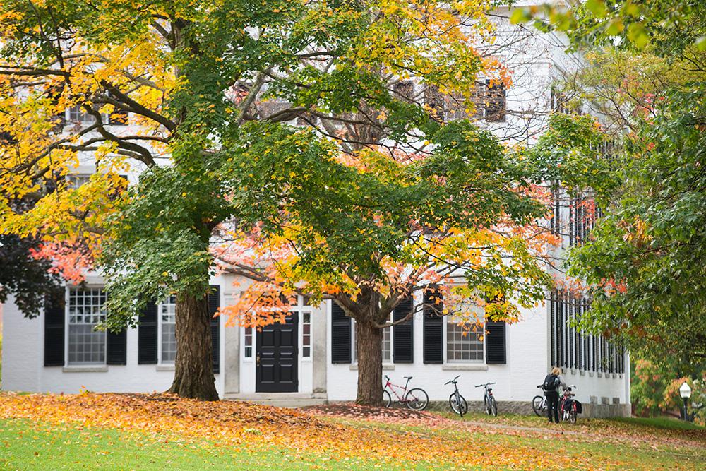Dartmouth Hall fall foliage