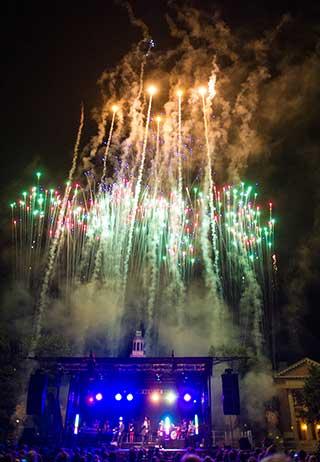 fireworksvertical