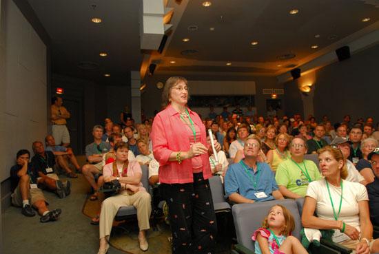 Auditorium Crowd2