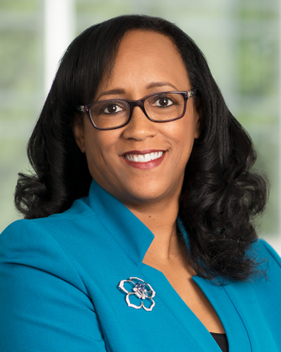 Tracey Salmon-Smith '87 - Chair
