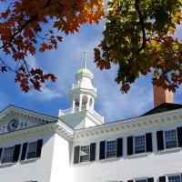 Dartmouth Hall surrounded by fall foliage